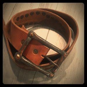 Italian buckle an Italian leather handcrafted belt